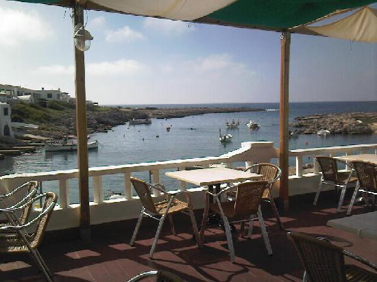 Sant Lluis, Spain: The little bay near the hotel