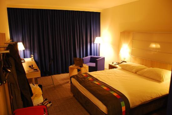 Park Inn by Radisson Krakow: Room