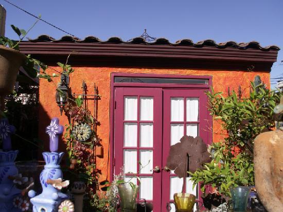 Vintage Sol: Entrance to your Casita