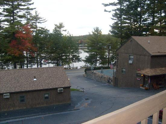 Birch Knoll Motel: View from the room
