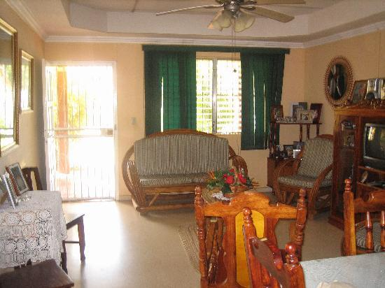 Hostal Dona Maria: living room