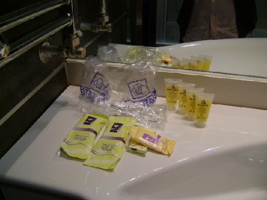 Amenités, en cuarto de baño, Hotel Libet, Salamanca
