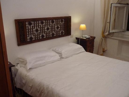 Fontana Hotel: foto de la habitacion 306