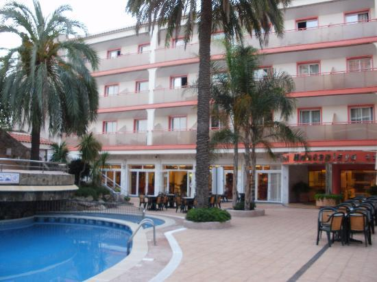 Sumus Hotel Monteplaya : pool