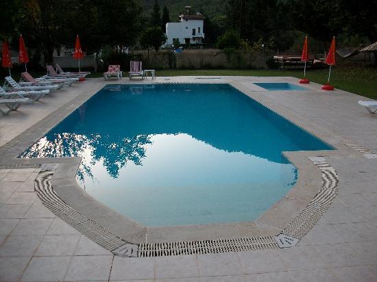 Maviay Hotel: prachtige zwembad