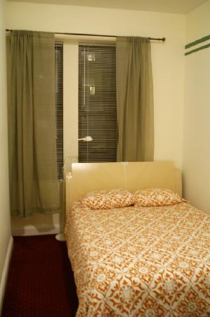 The Sutton Residence: room3