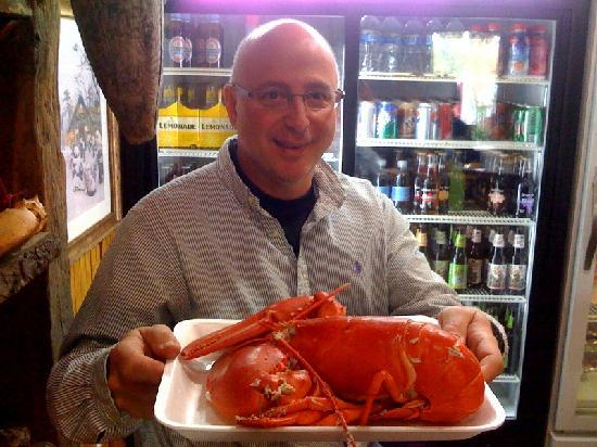 Gurnet Trading Co.: George with  3LB soft shell