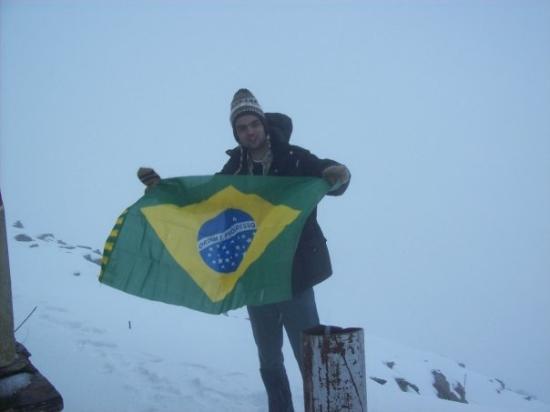 Chacaltaya Ski Resort : estoy en cume del Chacaltaya en Bolívia!
