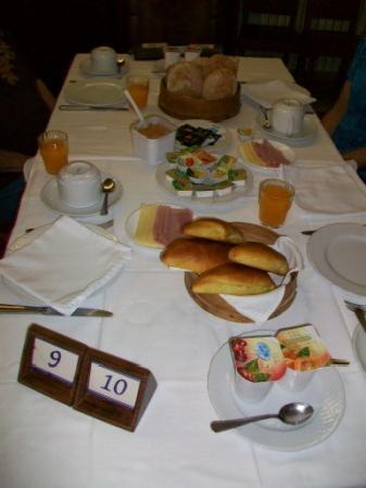 Estalagem Santa Iria: breakfast