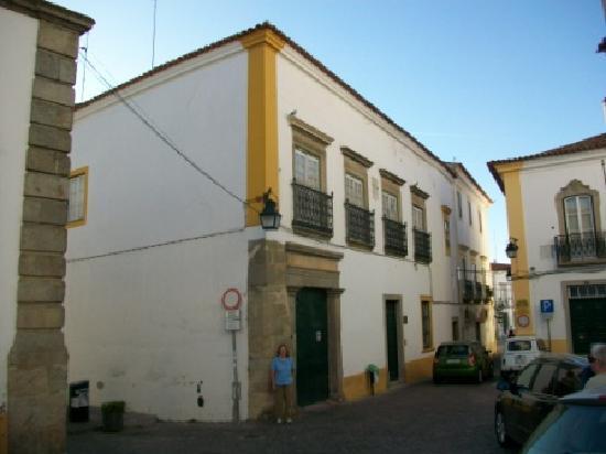 Casa De Sao Tiago: Hotel front door