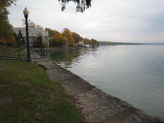 Skaneateles Suites Boutique Hotel: Morning on the Lake