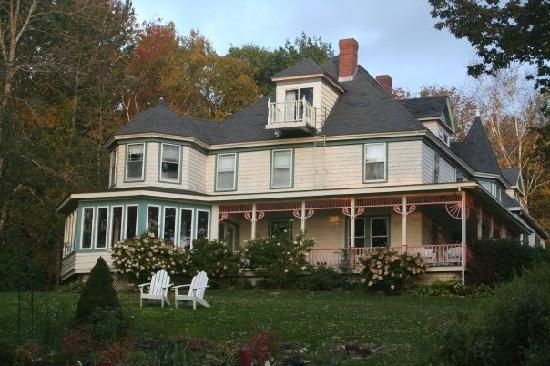 Lincolnville, ME: Victorian by the Sea