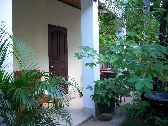 Ammata Guest House: Outside our room