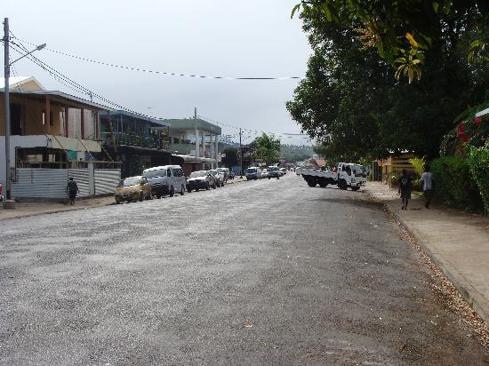 Hotel Santo: Main street