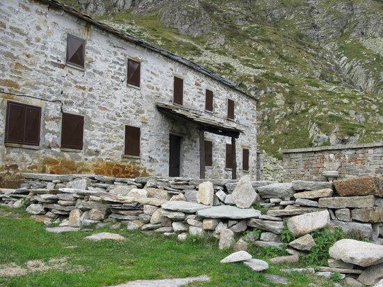 Piedicavallo, Италия: Rifugio Lago della Vecchia