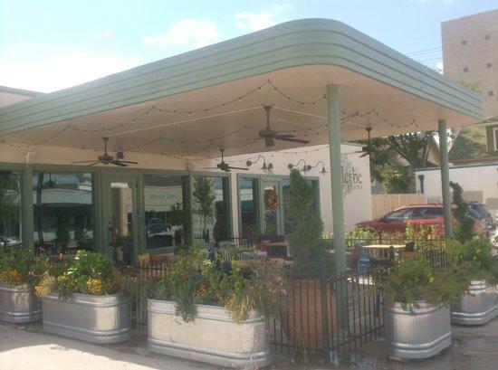 Front entrance to Ellerbe Fine Foods, Fort Worth.