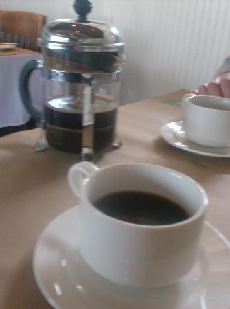 Ellerbe Fine Foods: Nice French coffee served.