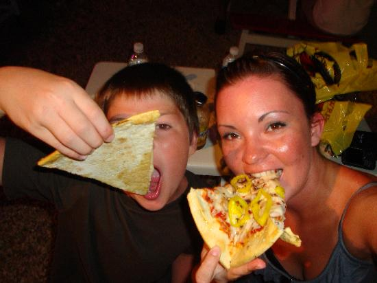 Surf Pie : Pizza as big as your head...