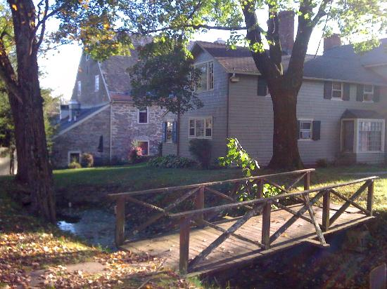 Inn at Millrace Pond: Beautiful property