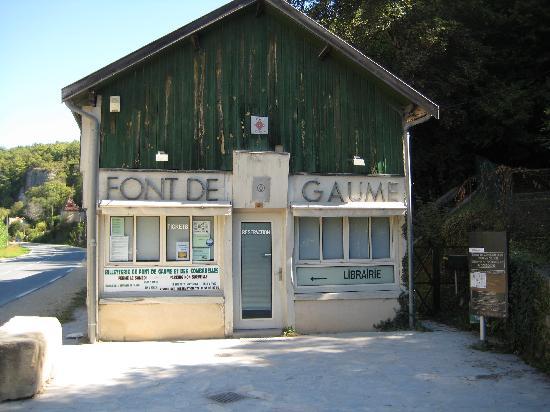 Grottes ornées de la vallée de la Vézère : Font-de-Gaume Headquarters