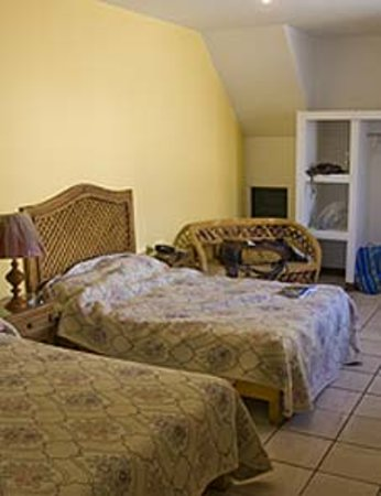 Hotel Posada San Pablo : My room, very spacious, two big comfortable beds, Great!