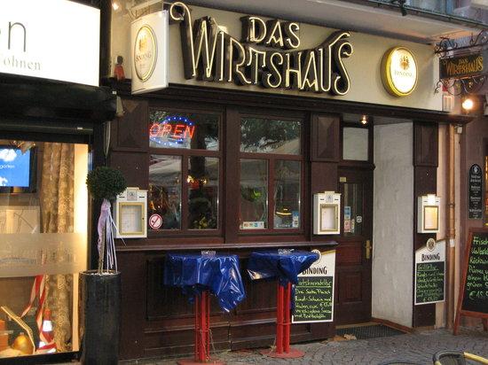 Das Wirtshaus: View from the pedestrian zone