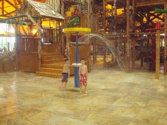Great Wolf Lodge: treehouse play area
