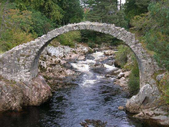 Carrbridge, UK: Carr Bridge