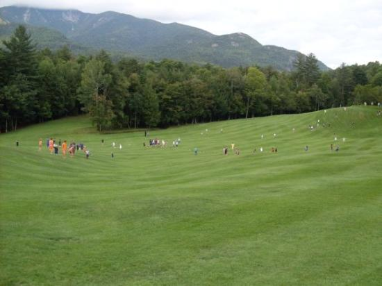 Keene Valley, Estado de Nueva York: Capture the Flag on the golf course at the Ausable Club