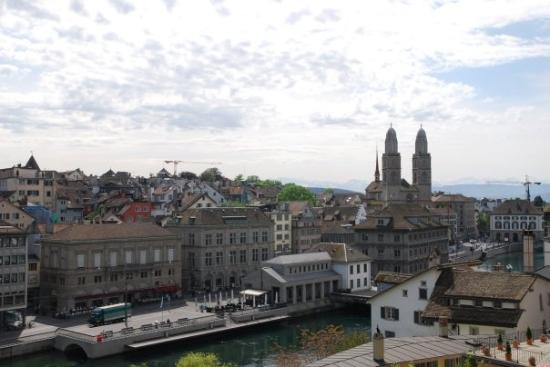 Zrich is the largest city in Switzerland and the capital of the
