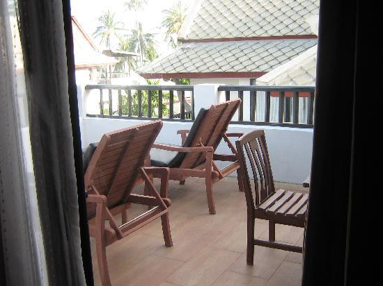 Novotel Samui Resort Chaweng Beach Kandaburi : the balcony