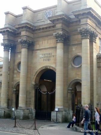 University of Oxford: Oxford University Press. Aqui são impressos livros e todo o material da Universidade de Oxford