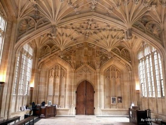 University of Oxford: Dentro da Divinity School - Uma das locações de Harry Potter