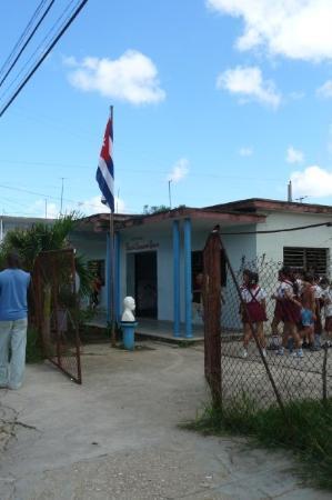 Moron, Cuba : Escuela