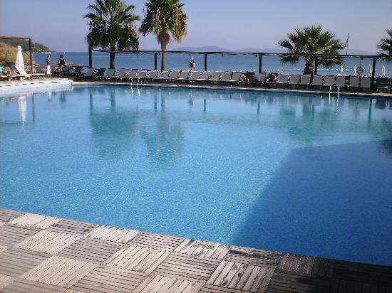 Voyage Torba: Main pool