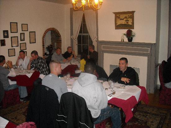 Inn at Herr Ridge Restaurant: Ready for the main course.