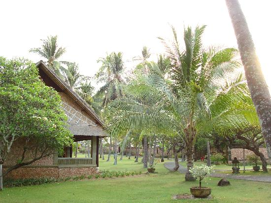 The Oberoi, Lombok : The grounds
