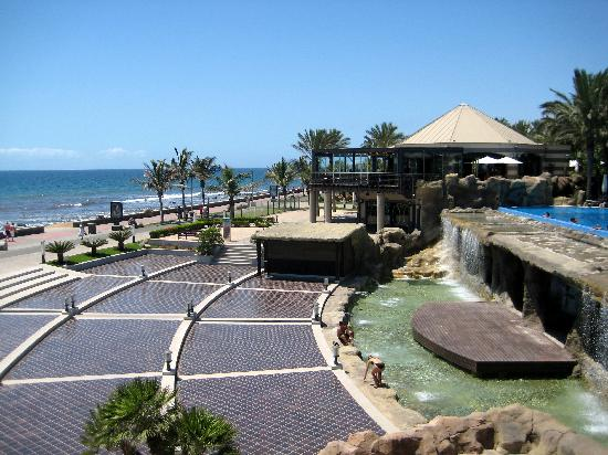 Infinity Pool And Beach Picture Of Lopesan Costa Meloneras Resort