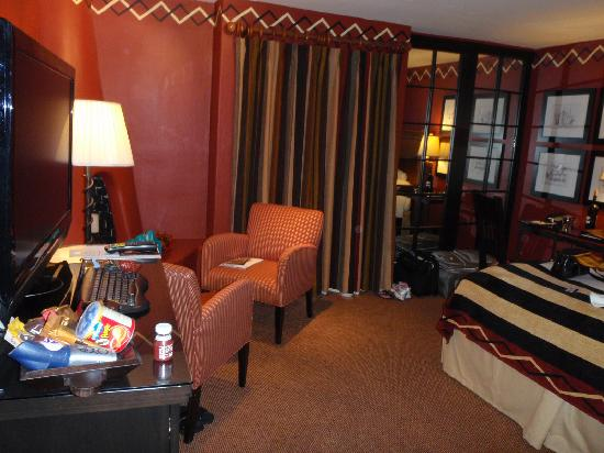 Inn and Spa at Loretto: More of the room