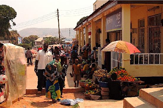 Kigoma, Tanzânia: Lumumba Road