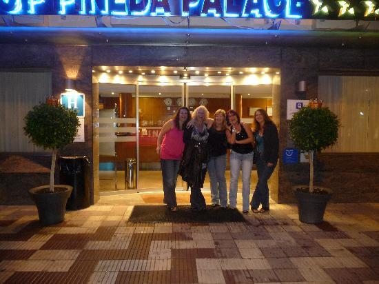 H·TOP Pineda Palace: Entrance