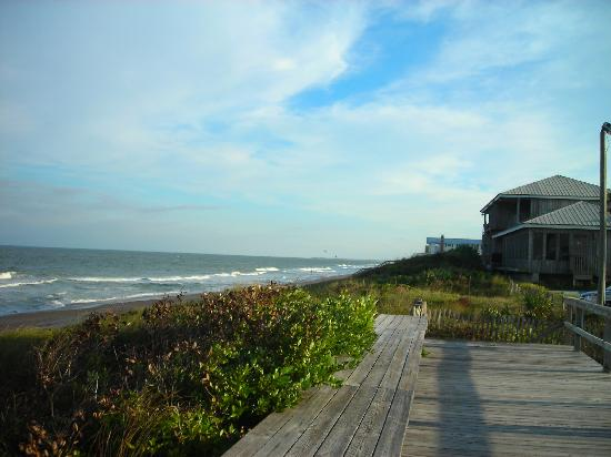 Southern Wind Inn: Just minutes from Vilano Beach and The Reef Restaurant ( our favorite)