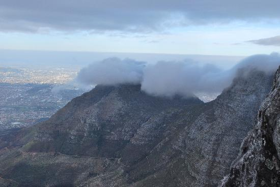 2Inn1  Kensington: view from table mountain