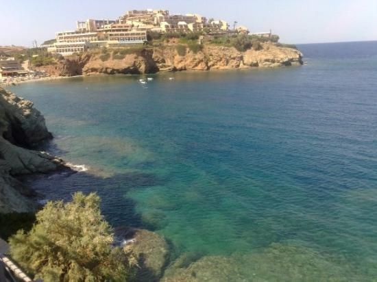 Agia Pelagia, กรีซ: blue water ^^