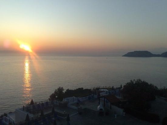 Peninsula Resort & Spa: 5H du matin , lever de soleil