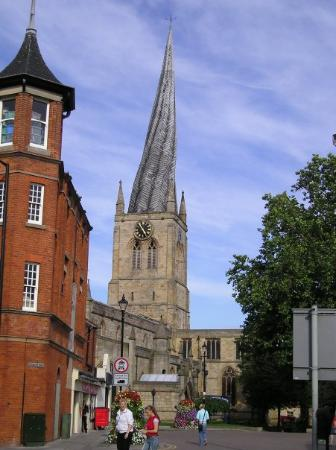 ‪Chesterfield Parish Church/Crooked Spire‬