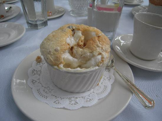 Commander's Palace: Bread pudding