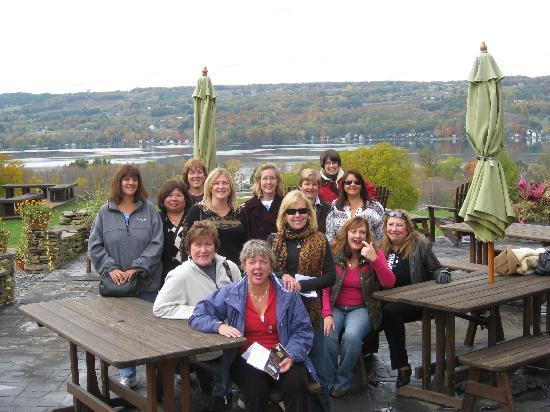 Red Door Inn of Canandaigua B & B: Day tour of Keuka Lake Wineries