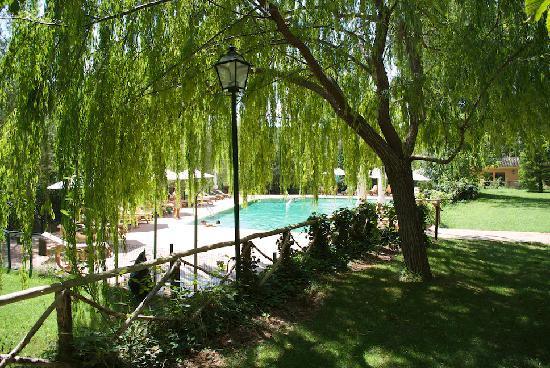 Hotel Monasterio de Piedra & Spa: Piscina