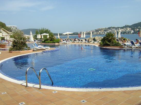 Iberostar Suites Hotel Jardín del Sol: dans la piscine et la mer en façe